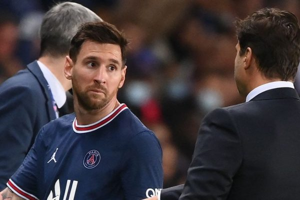 L'Equipe reveals Messi was replaced because his knee injury. According to French publication L'Equipe, the reason Lionel Messi was substituted from the stadium last weekend was due to a knee injury.
